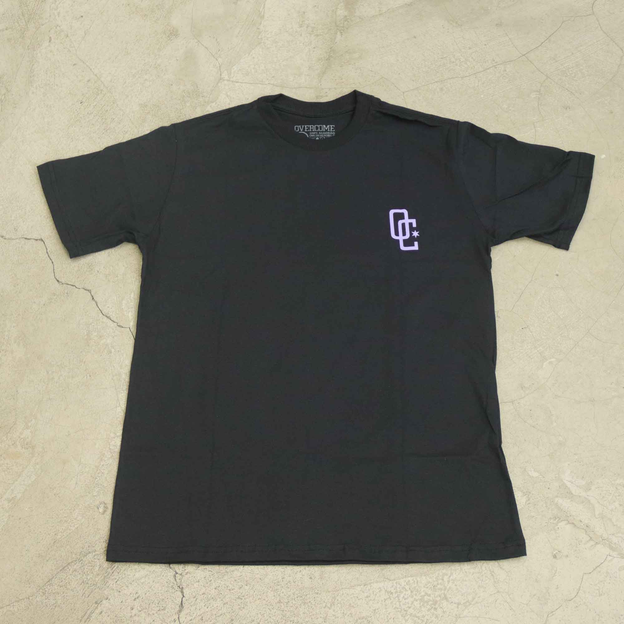 "Camiseta Overcome ""Drink Of Death"" Preta"