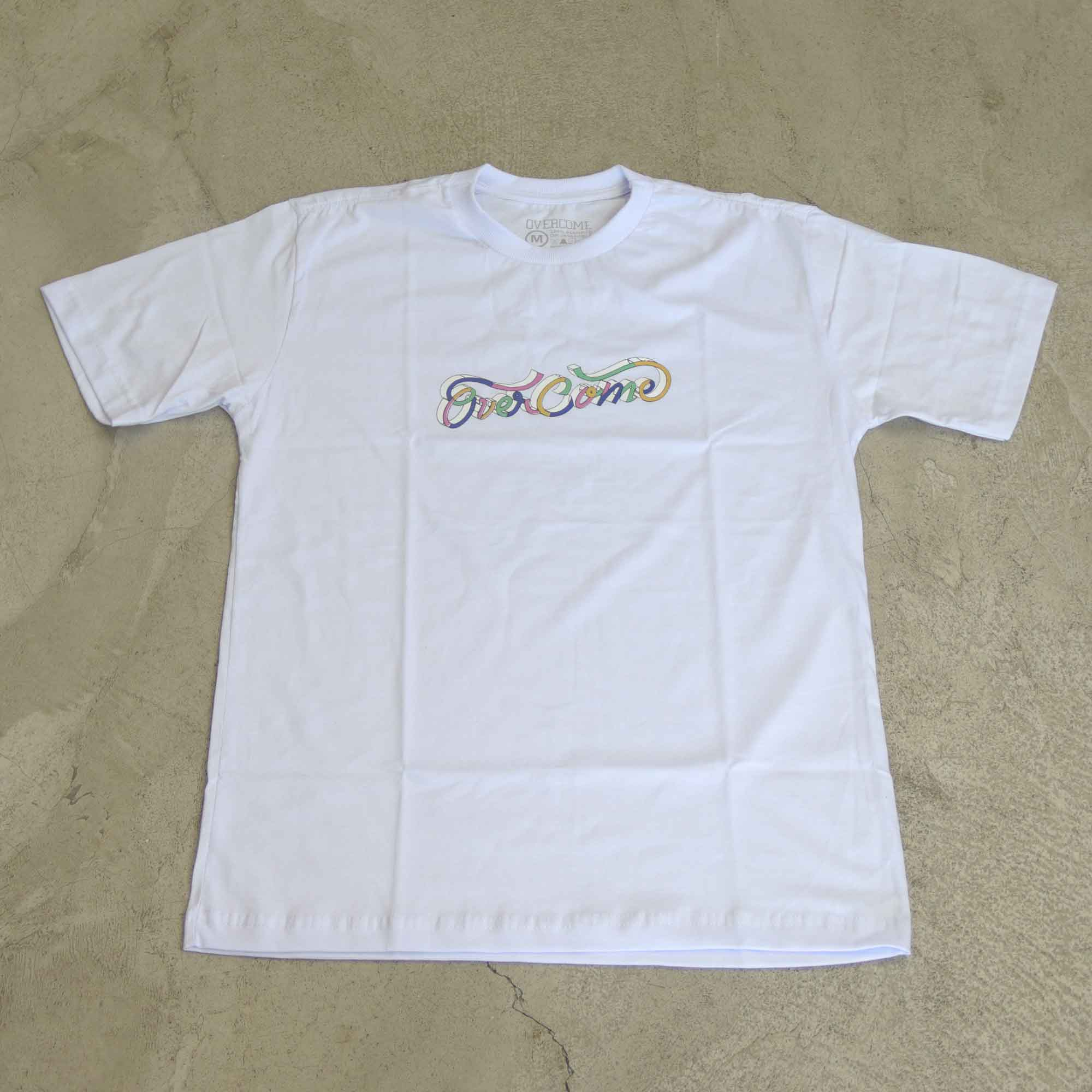 "Camiseta Overcome  ""Lettering"" Branca"