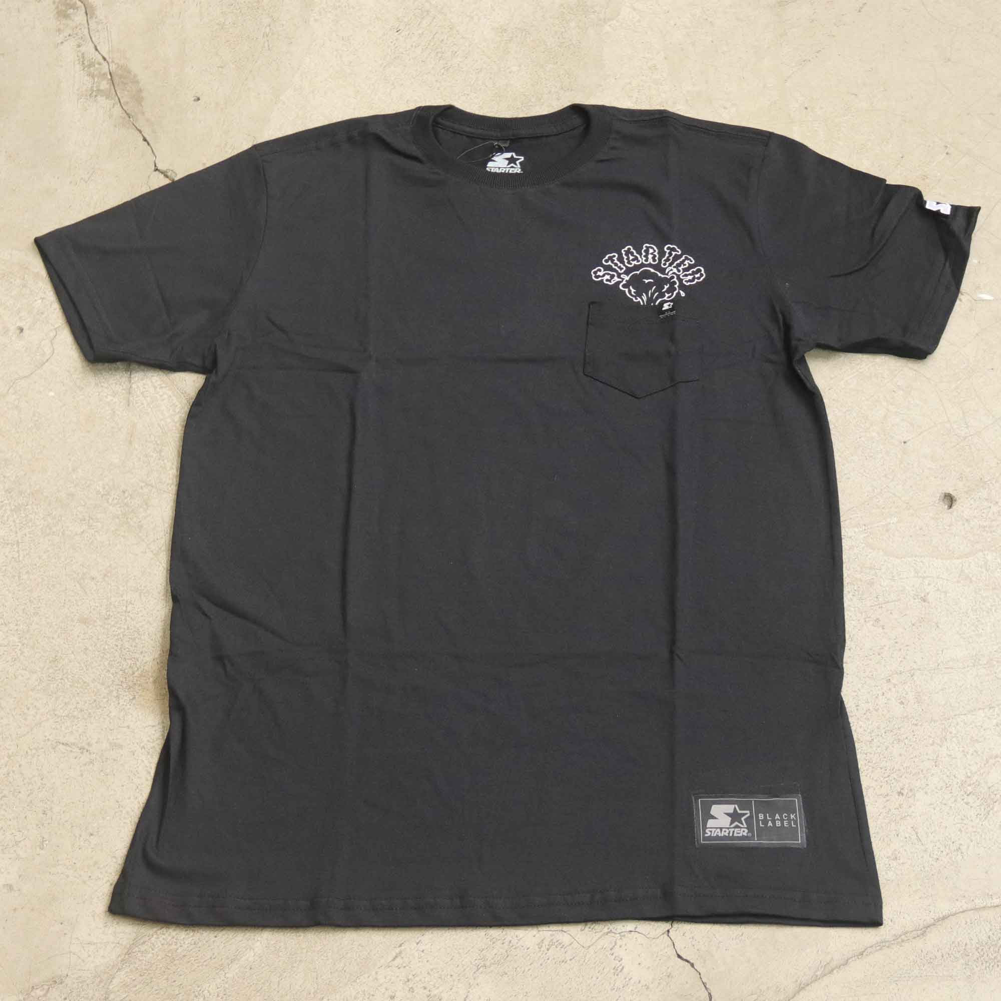 "Camiseta Starter ""Pocket Erupt"" Preta"