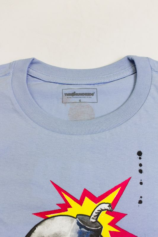 """CAMISETA THE HUNDREDS """"OPEN WIDE BY LORA ZOMBIE"""" AZUL"""