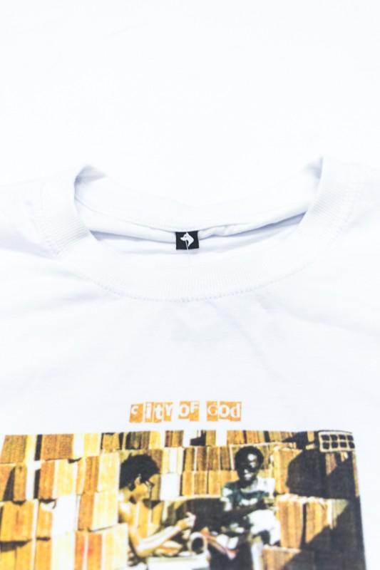 "Camiseta The Rocks ""City Of God"" Branca"