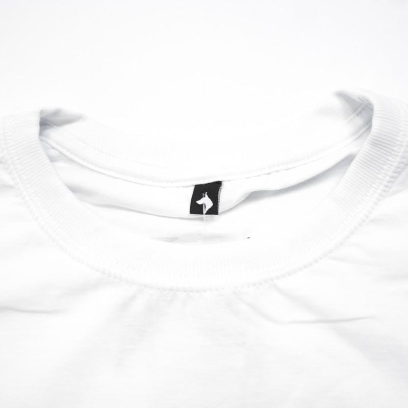 "Camiseta The Rocks ""Dob Recostructed"" Branca"