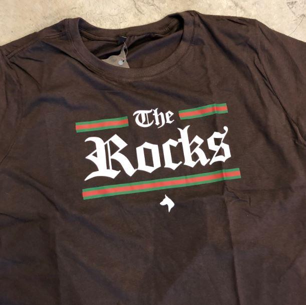 "CAMISETA THE ROCKS ""GUCCI 2"" MARROM"