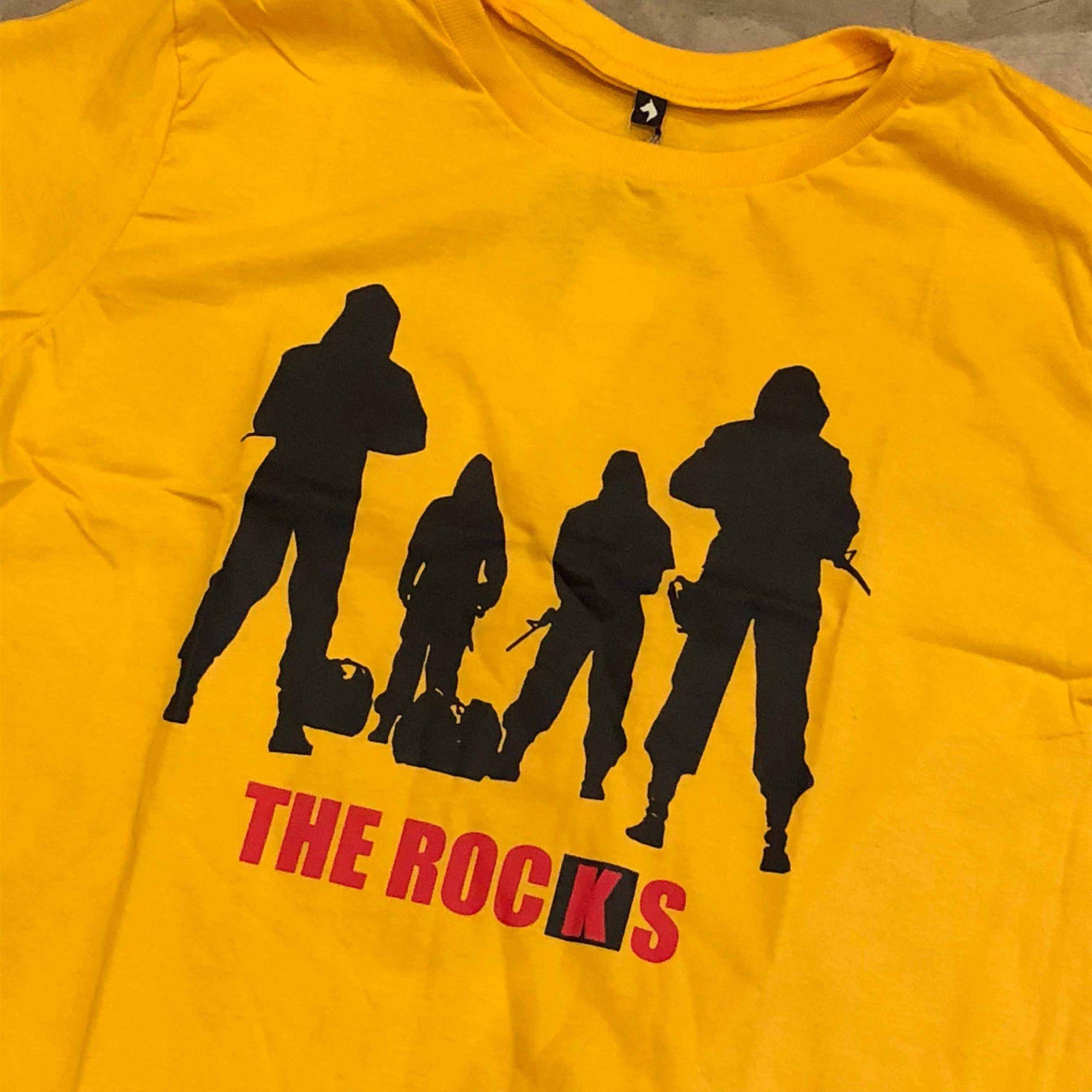 """Camiseta The Rocks """"La Casa de Papel"""" Amarela"""