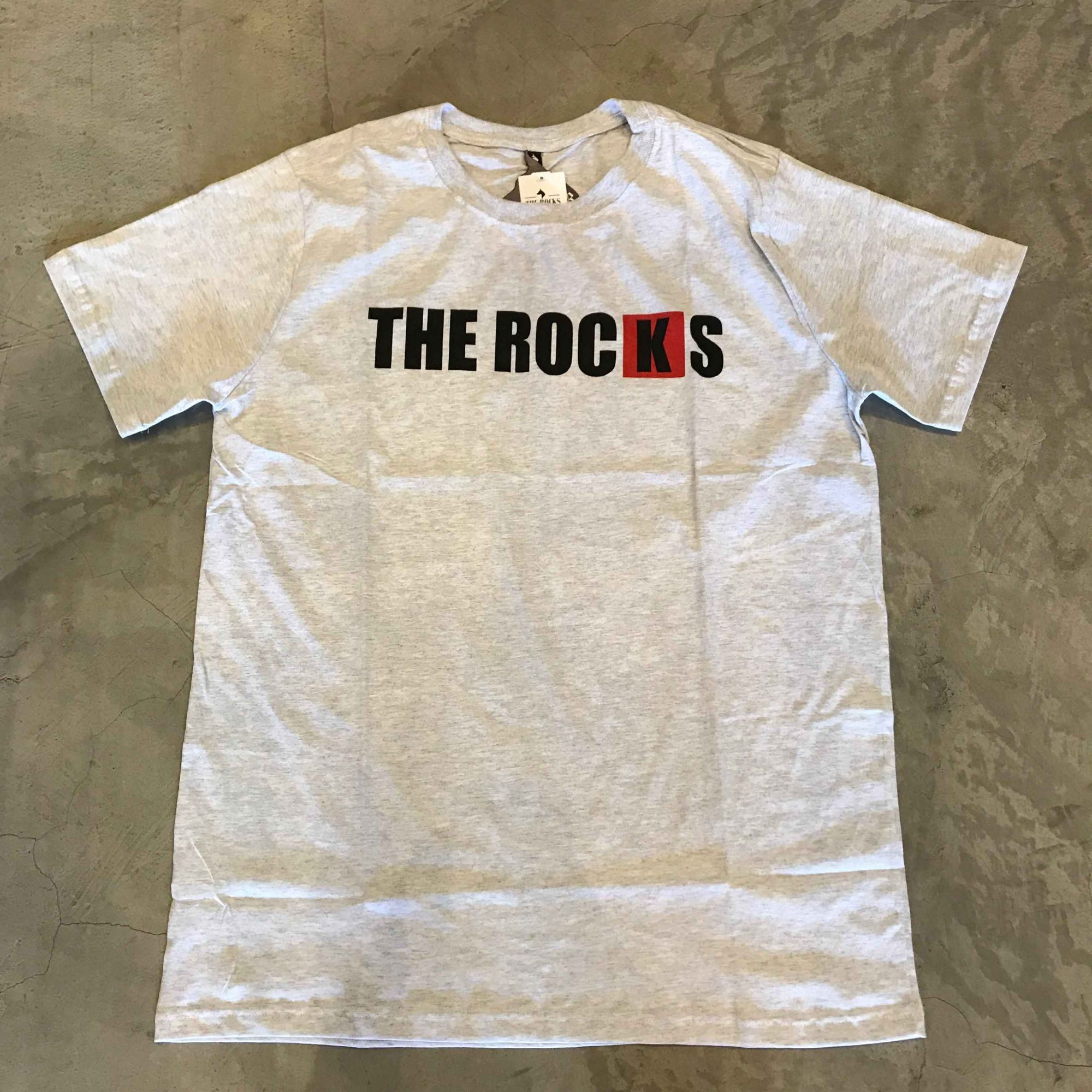 "Camiseta The Rocks ""Logo Breanking"" Cinza Claro"