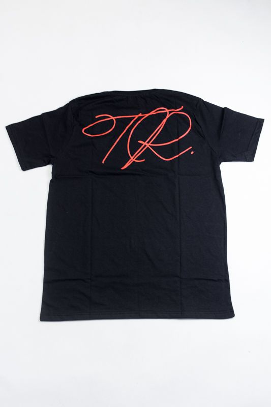 "CAMISETA THE ROCKS ""ROSE"" PRETA"