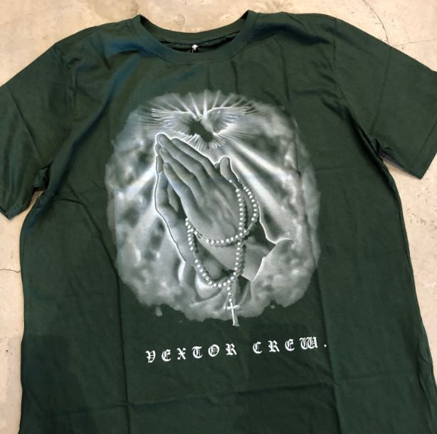 "Camiseta Vextor ""Praying For You"" Verde"