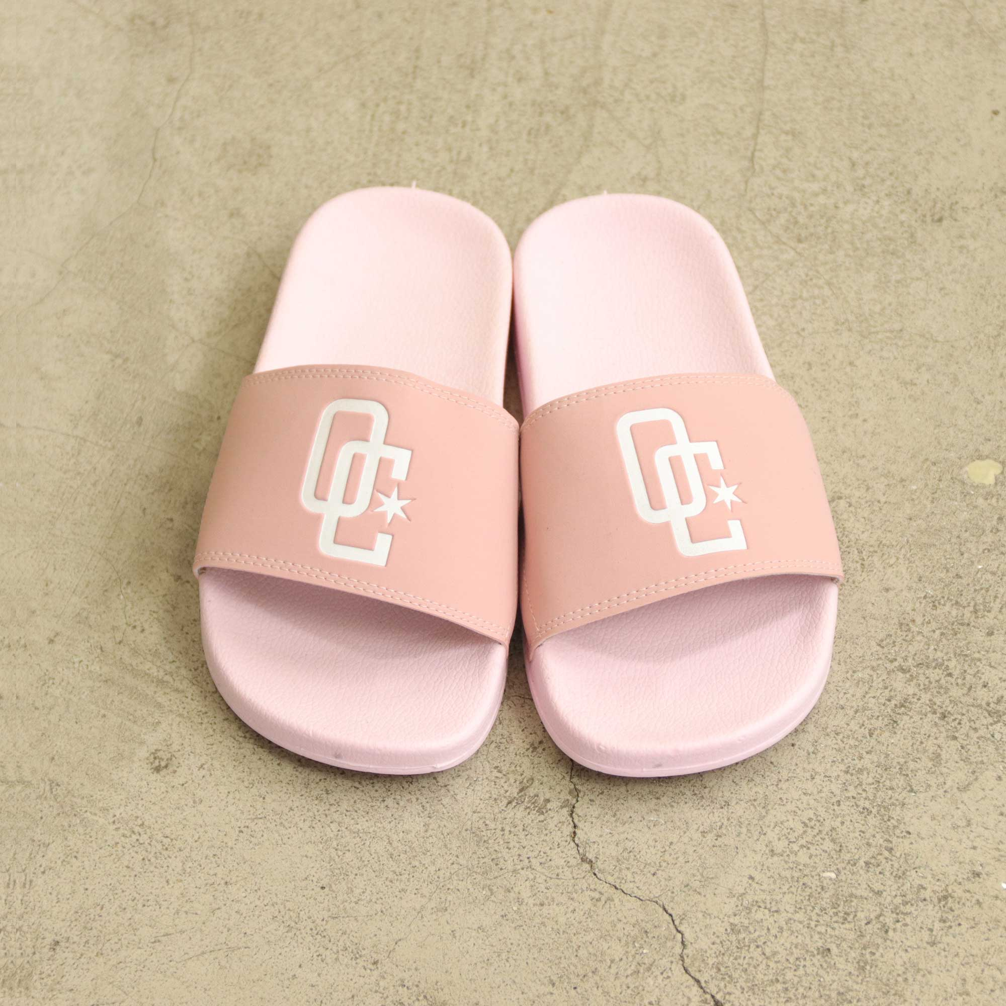 "Chinelo Overcome ""Logo"" Rosa"