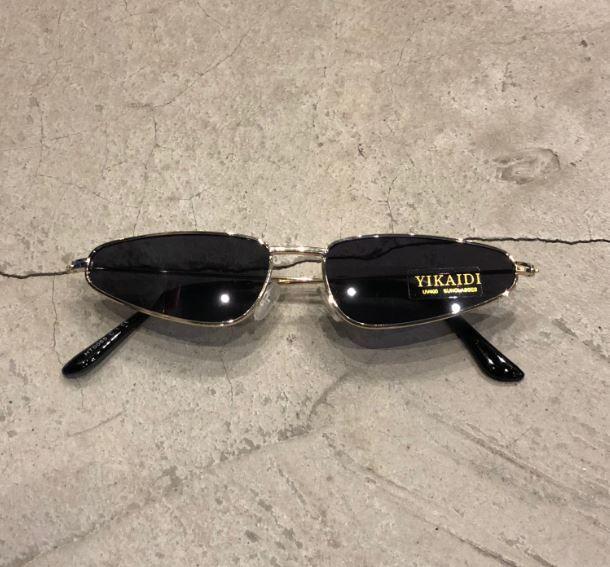 """Óculos Vintage """"Torugo"""" Dourado/Preto"""