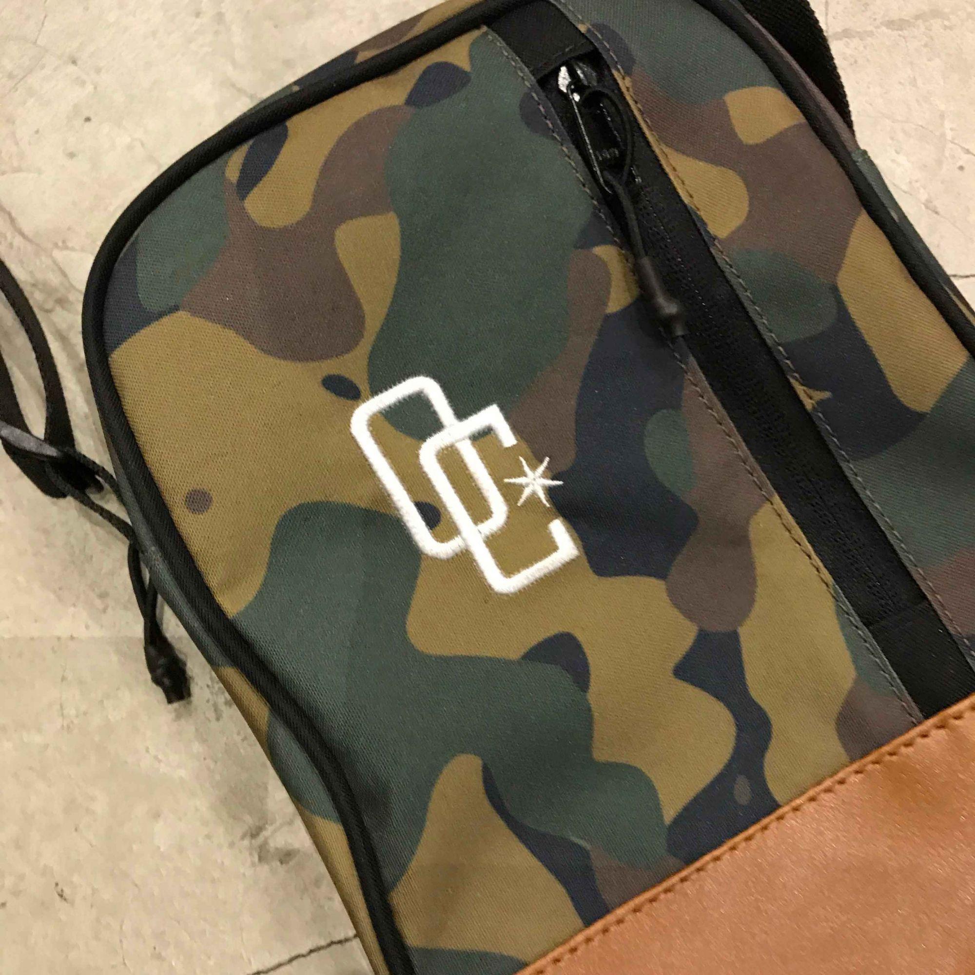 "Shoulder Bag Overcome ""Logo"" Camo/Bege"