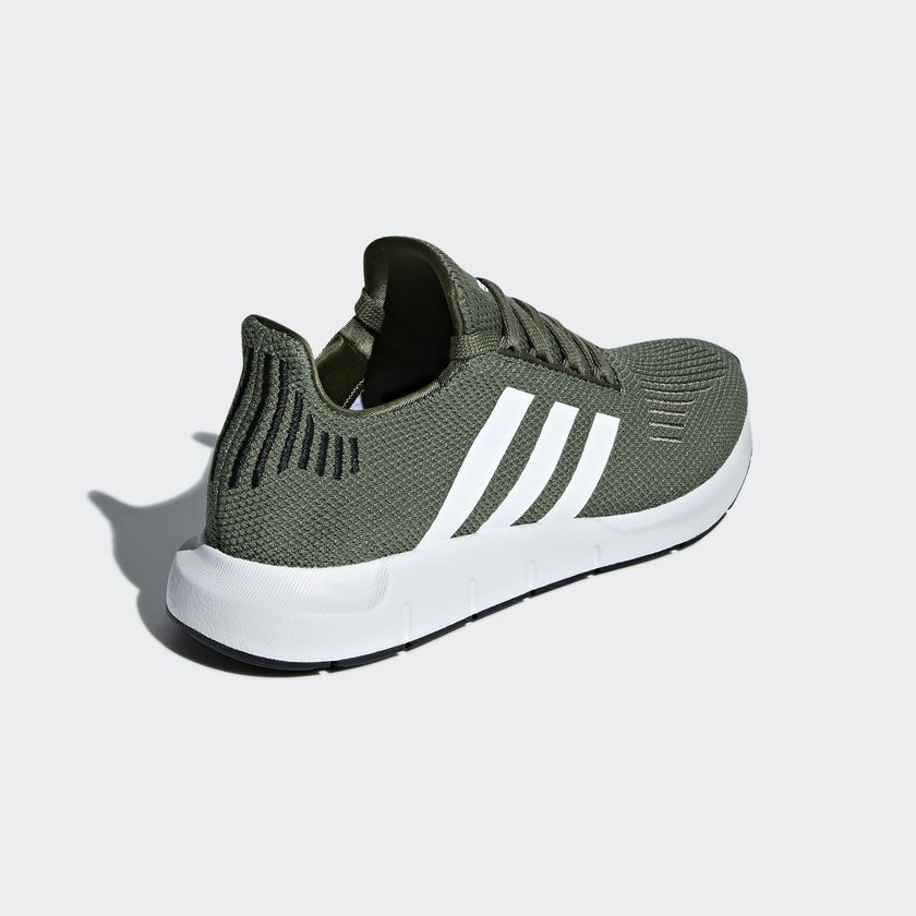 665e882ed14 Tênis Adidas Swift Run W Verde - Overcome Clothing
