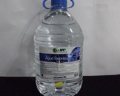 Água Deionizada (desmineralizada) - 5 litros