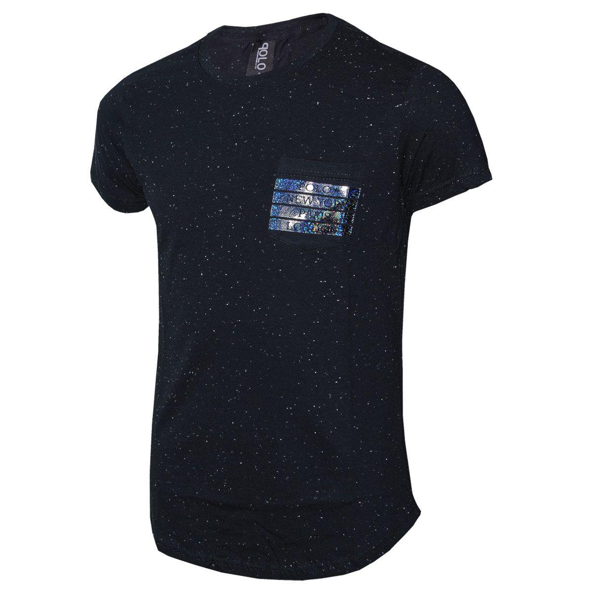 Camiseta Masculina em malha Botonê e Bolso Estampado em Foil