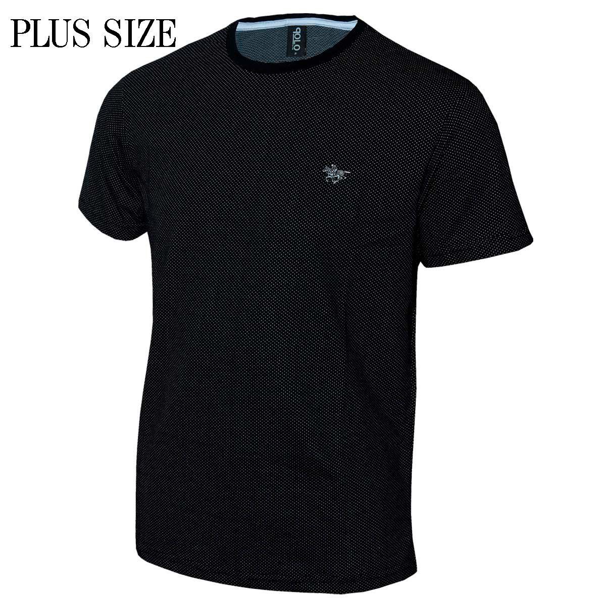 Camiseta Plus Size Com Logo em Metal