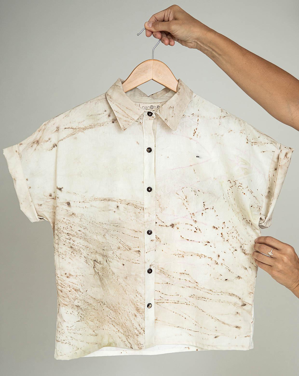 Camisa Yara Pinheiro - Impressão Botânica