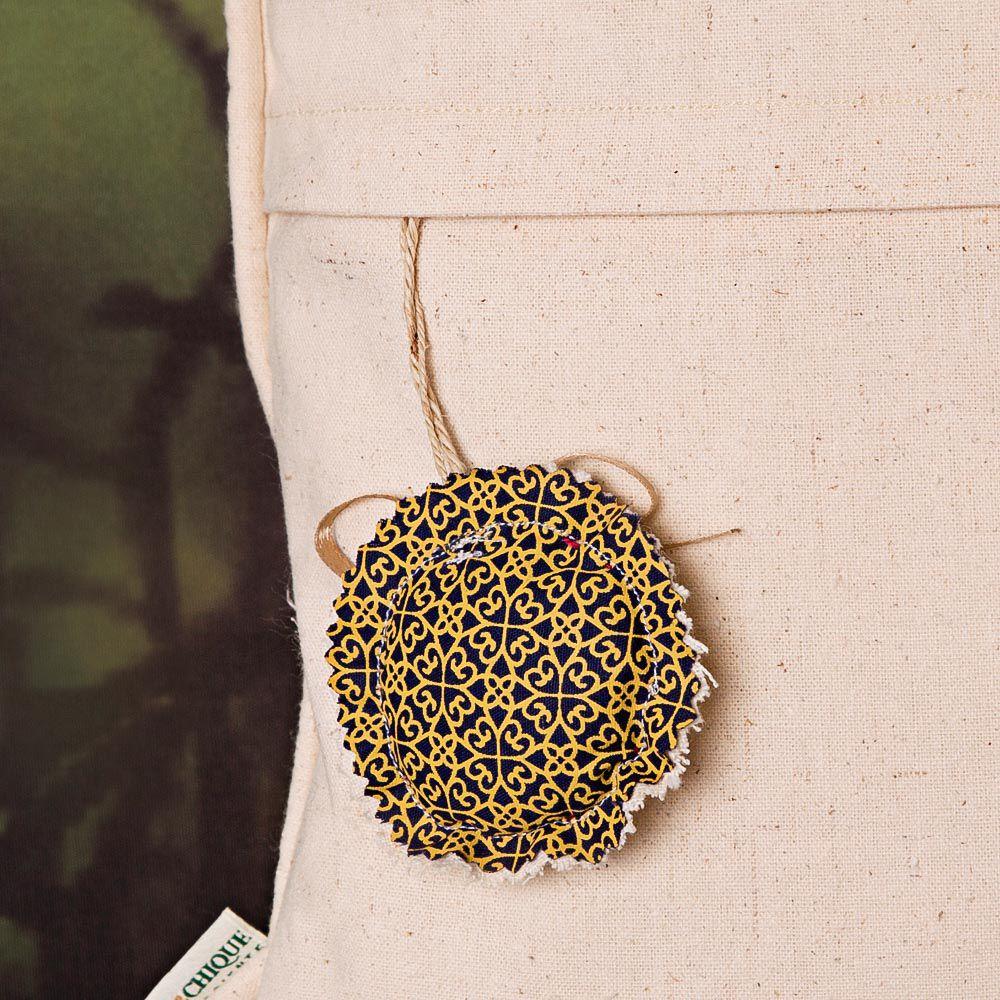 Capa de Almofada Bordada Algodão Orgânico -