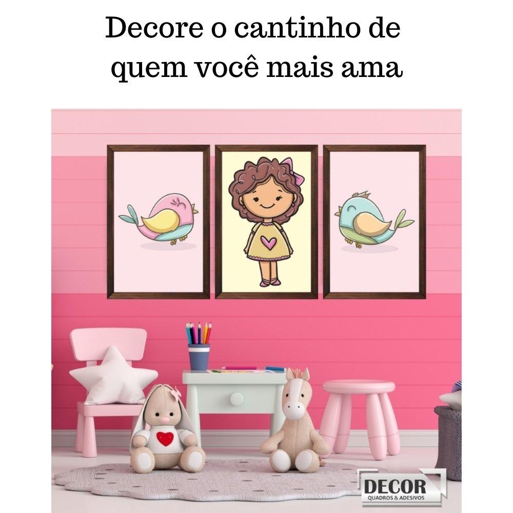 Quadro decorativo infantil menina com acrílico 40x30  marrom