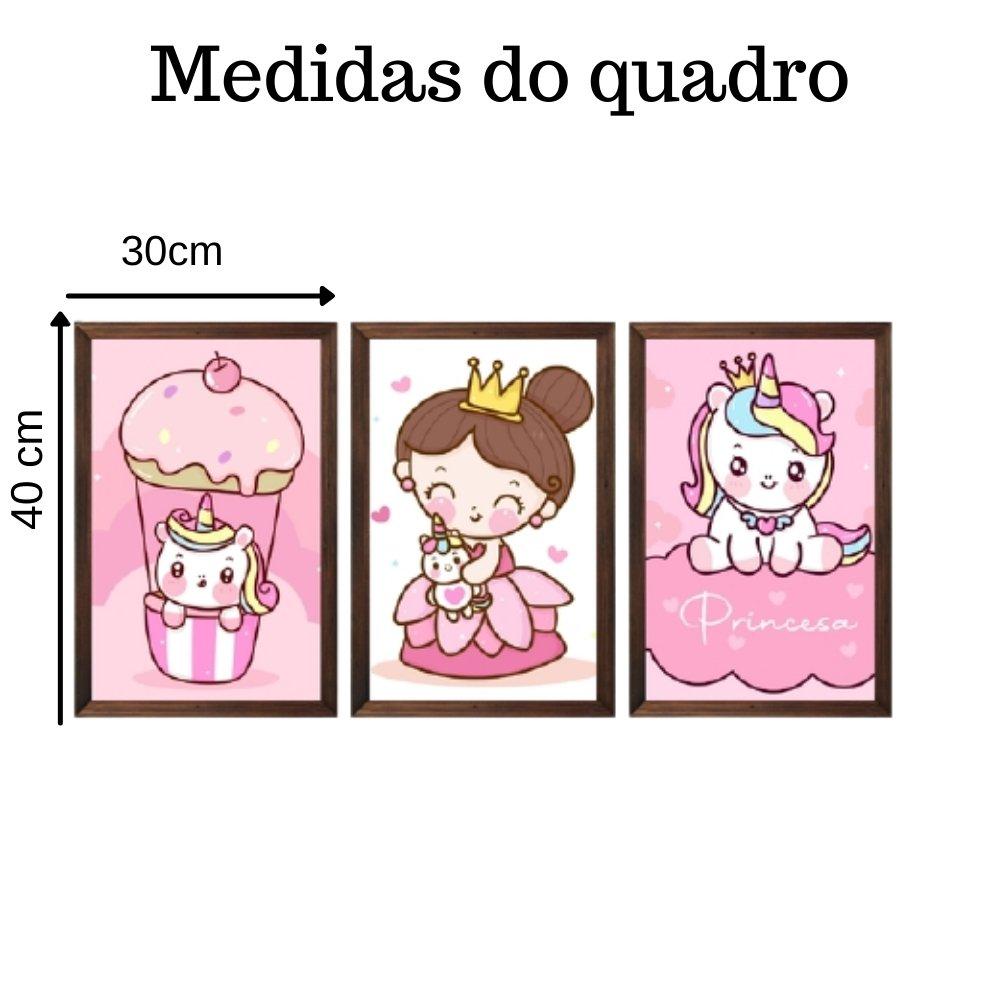 Quadro decorativo infantil princesa unicórnio com acrílico 40x30  marrom