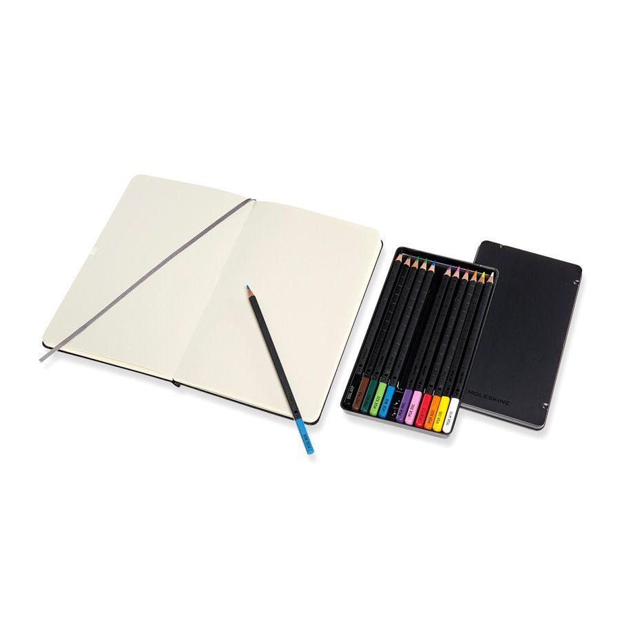 Kit para Esboços Moleskine, Coleção Art Plus: Caderno de Esboços (Sketchbook) Grande (13 x 21 cm) + Conjunto de Lápis de