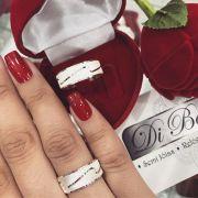 Aliança De Namoro Diamantadas De Ondas (Par)