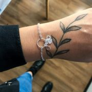 Pulseira de Prata Circulo com Estrela, Coração e Medalha