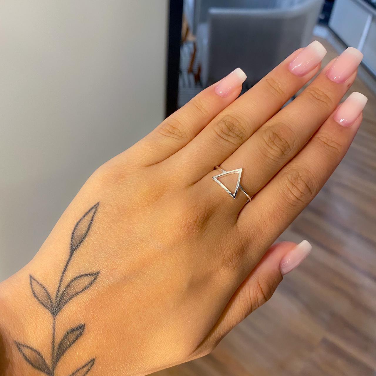 Anel de Prata Triângulo