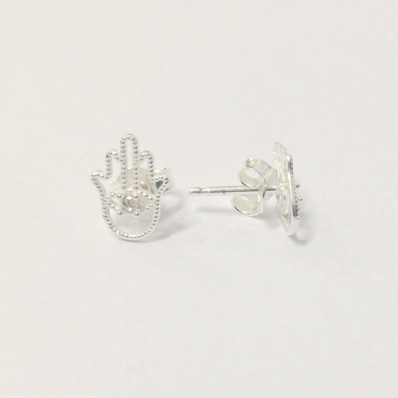 Brinco de Prata Mão Hamsa Pequeno