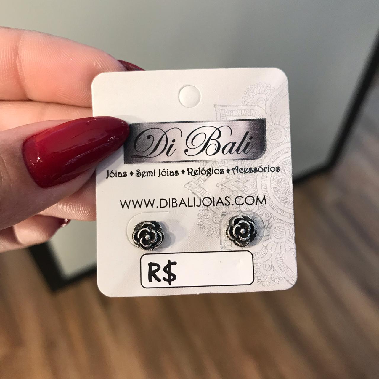 Brinco de Prata Rosa Envelhecida Pequeno