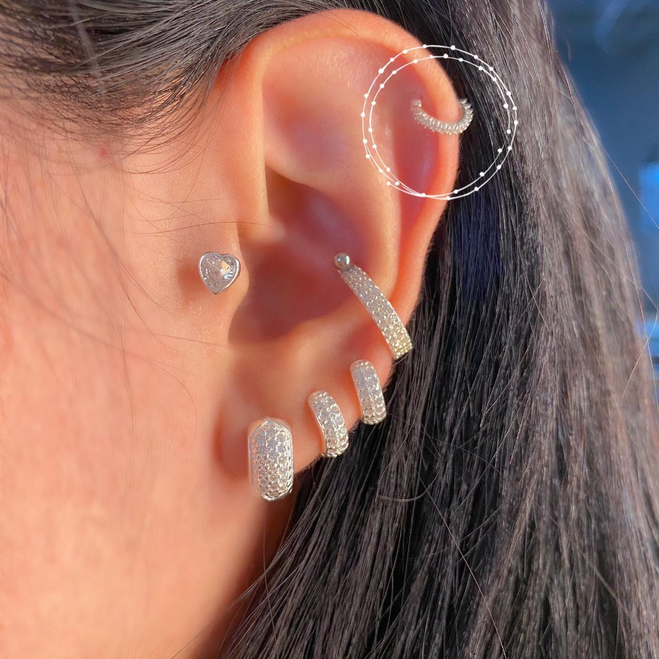 Piercing de Prata Orelha Helix Mini
