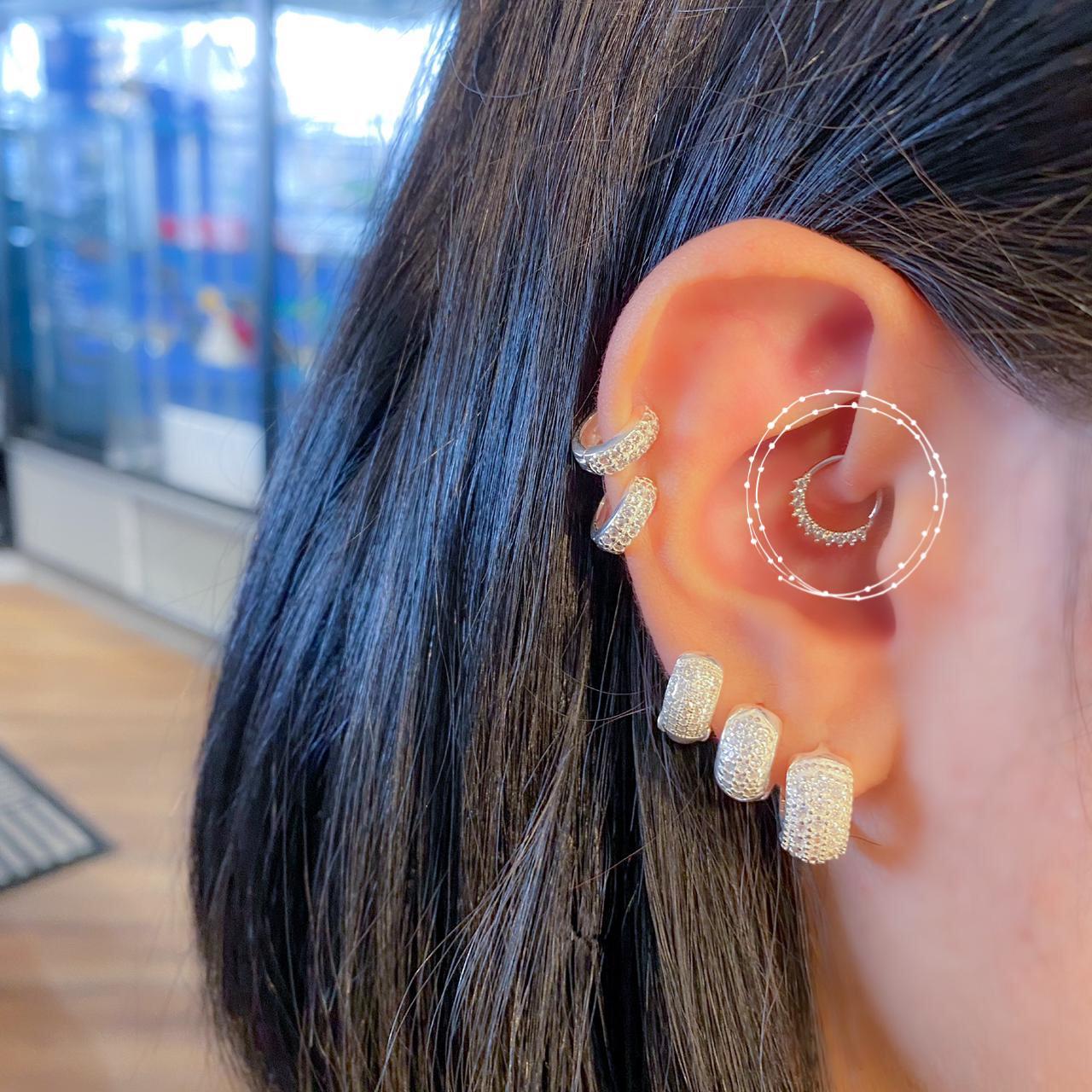 Piercing de Prata Orelha Helix Zircônia