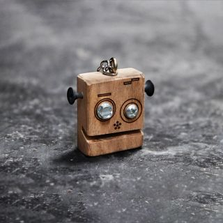 Madeira - Chaveiro Robô Bob