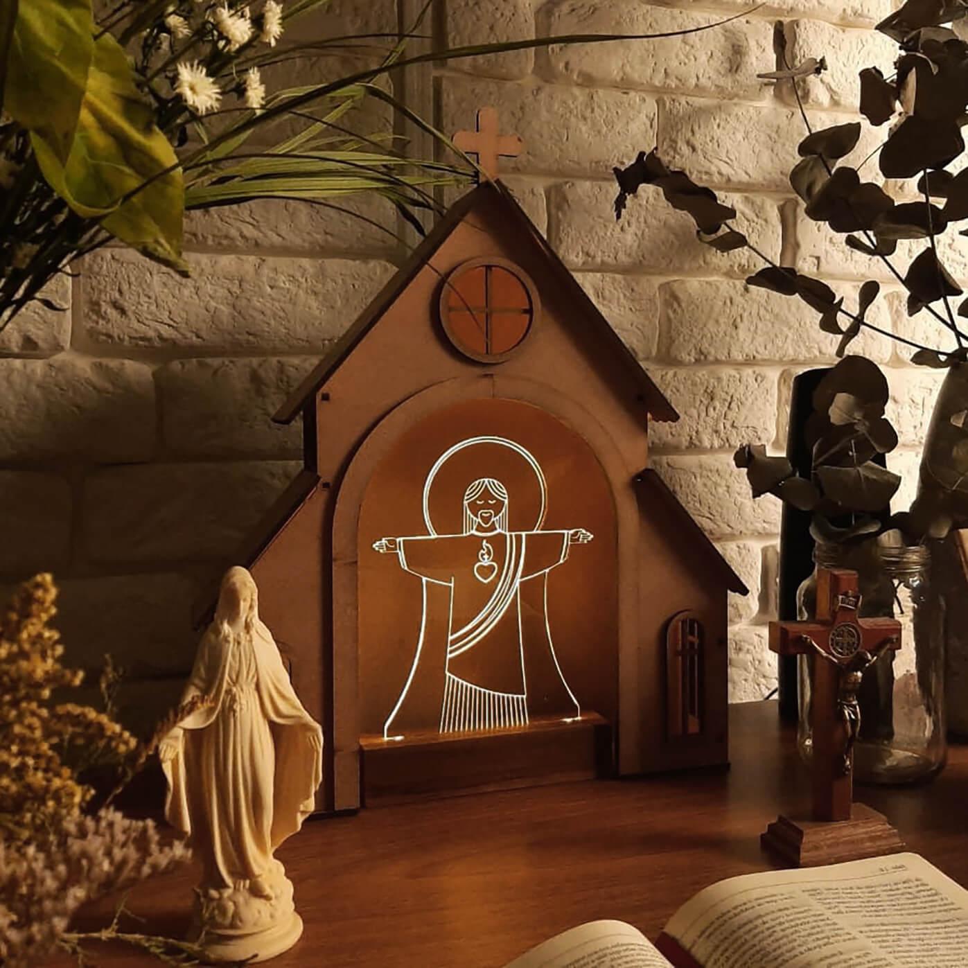 Capelinha de Oração para montar + Luminária Cristo