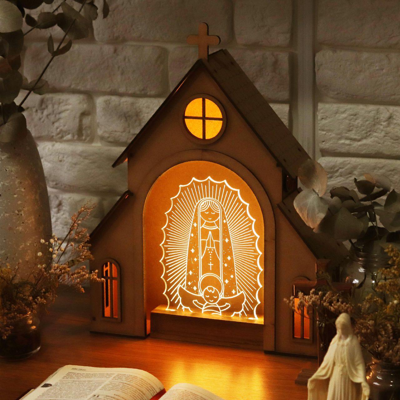 Capelinha de Oração para montar + Luminária Nossa Senhora de Guadalupe