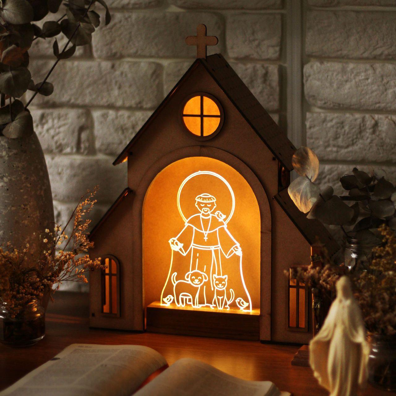 Capelinha de Oração para montar + Luminária São Francisco de Assis
