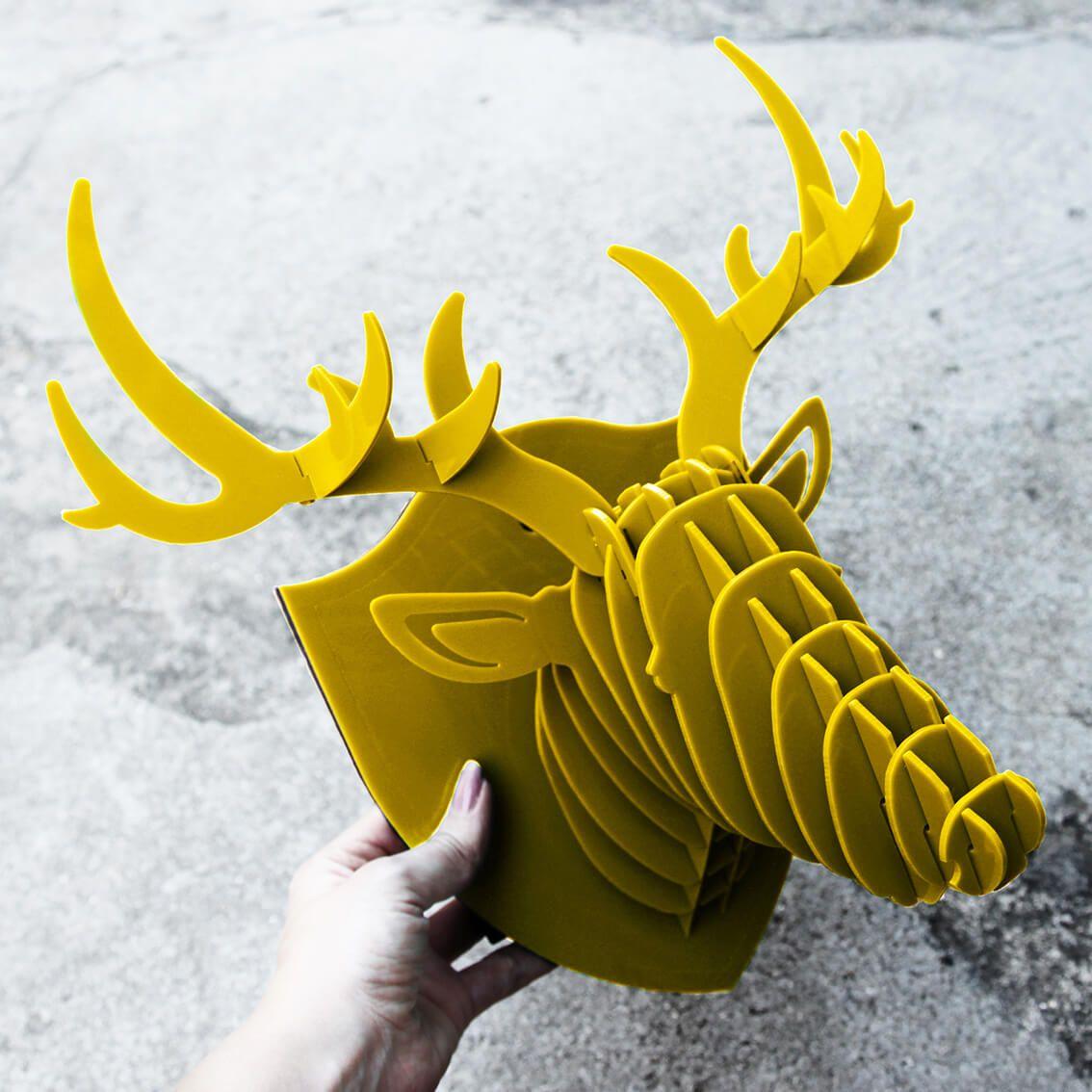 Cabeça para montar - Cervo acrilico amarelo