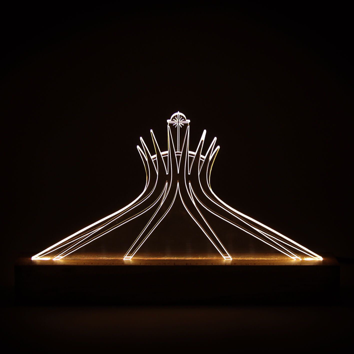 Brasilia - Luminária Catedral