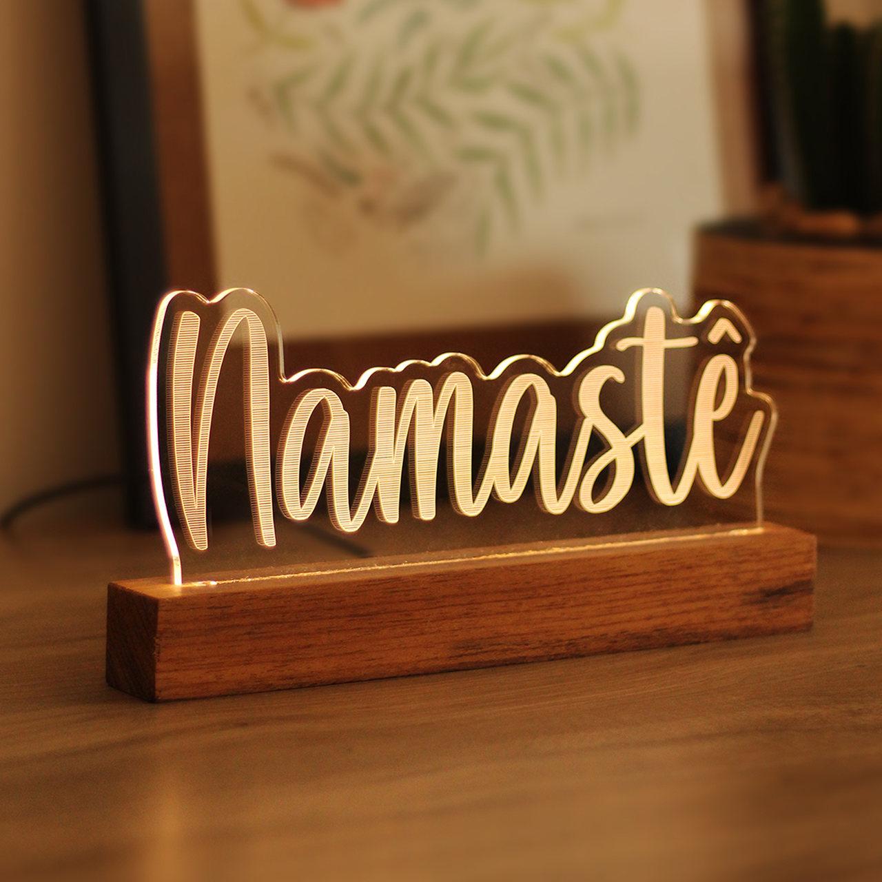 Luminária Namastê