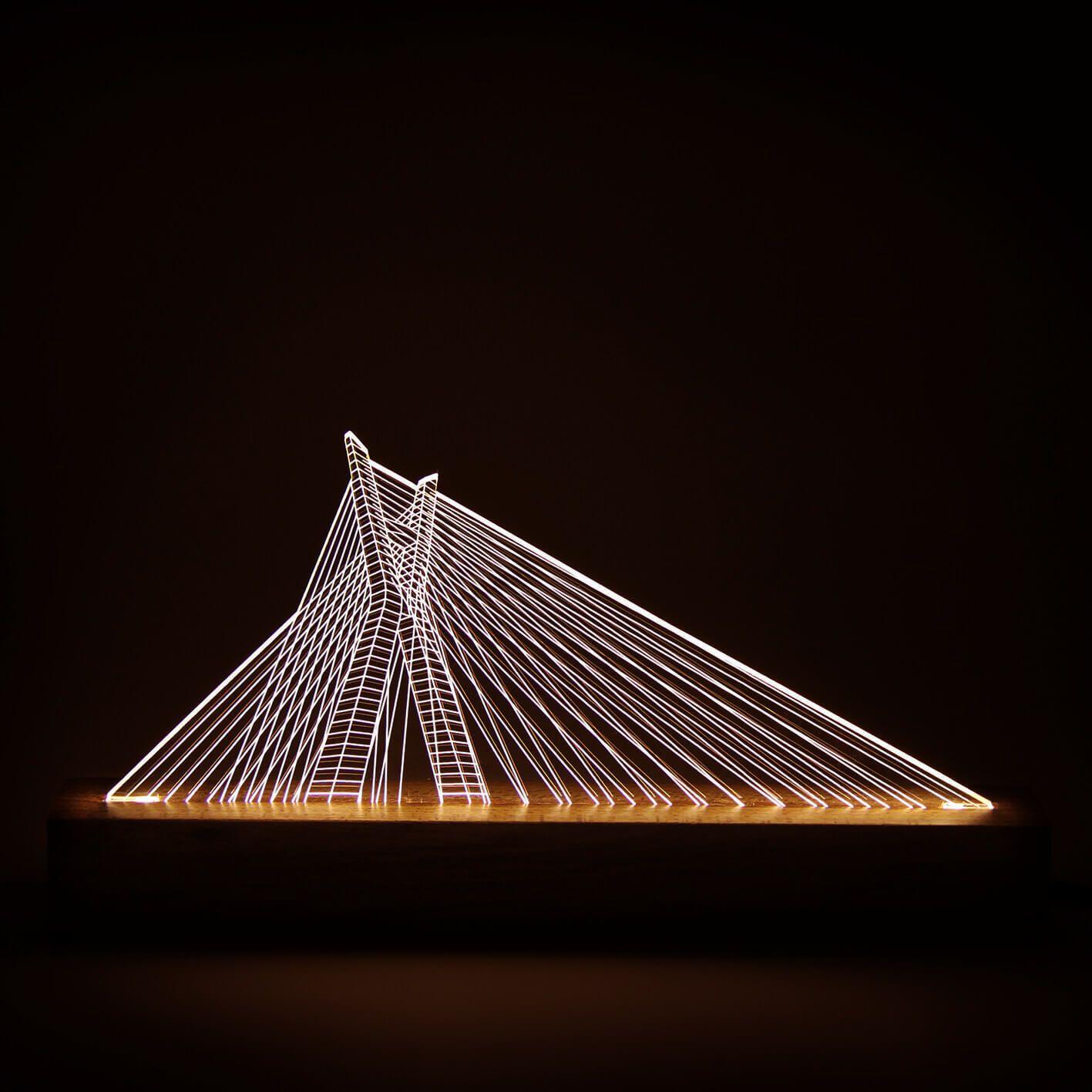 Luminária Ponte Estaiada - São Paulo
