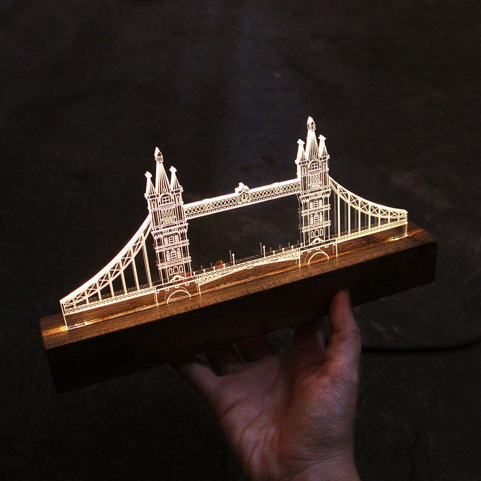 Europa - Luminária Ponte de Londres