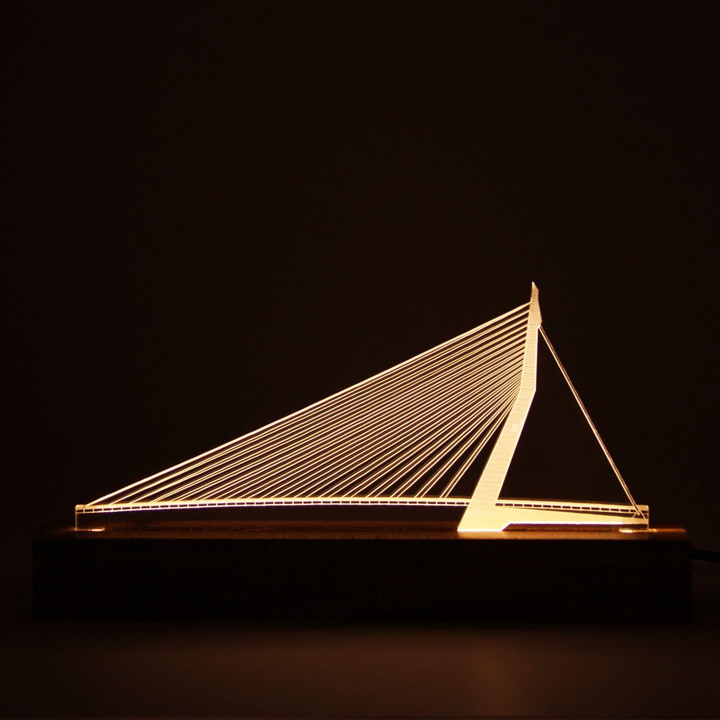 Europa - Luminária Ponte do Cisne - Rotterdam