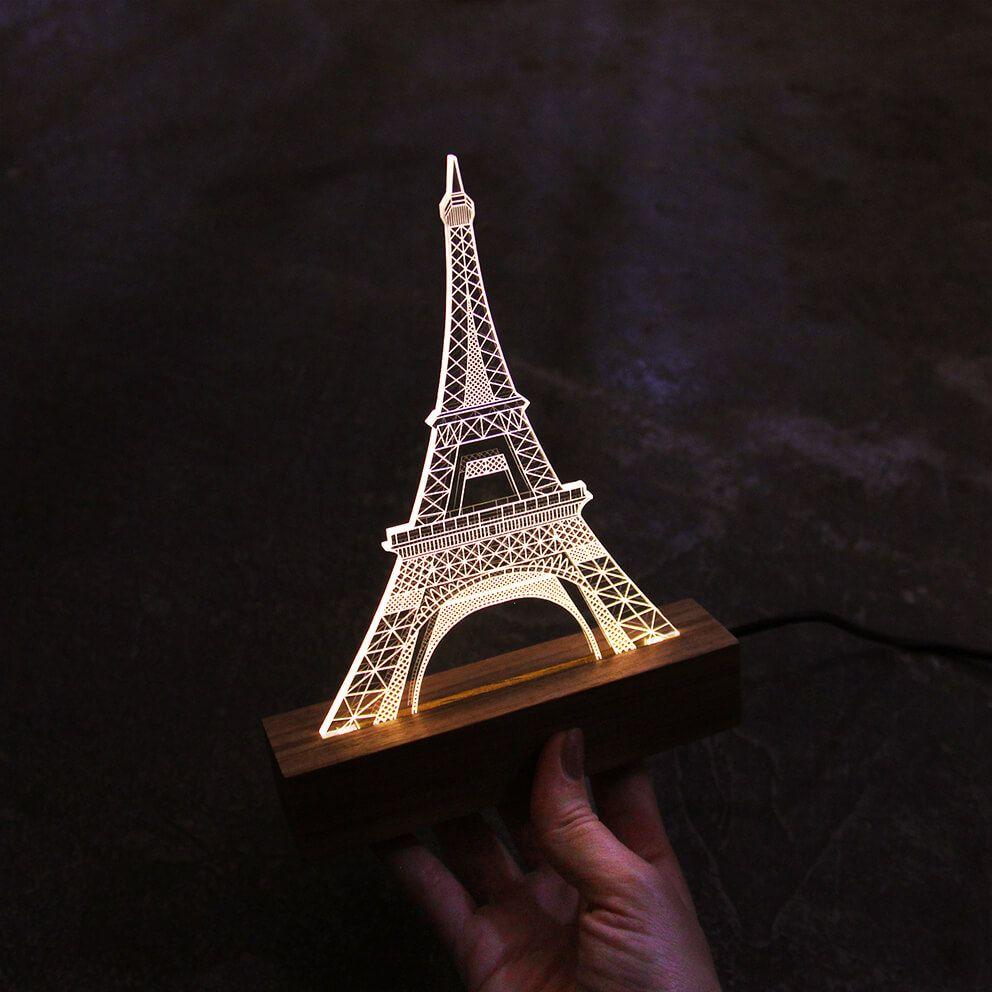 Europa - Luminária Torre Eiffel