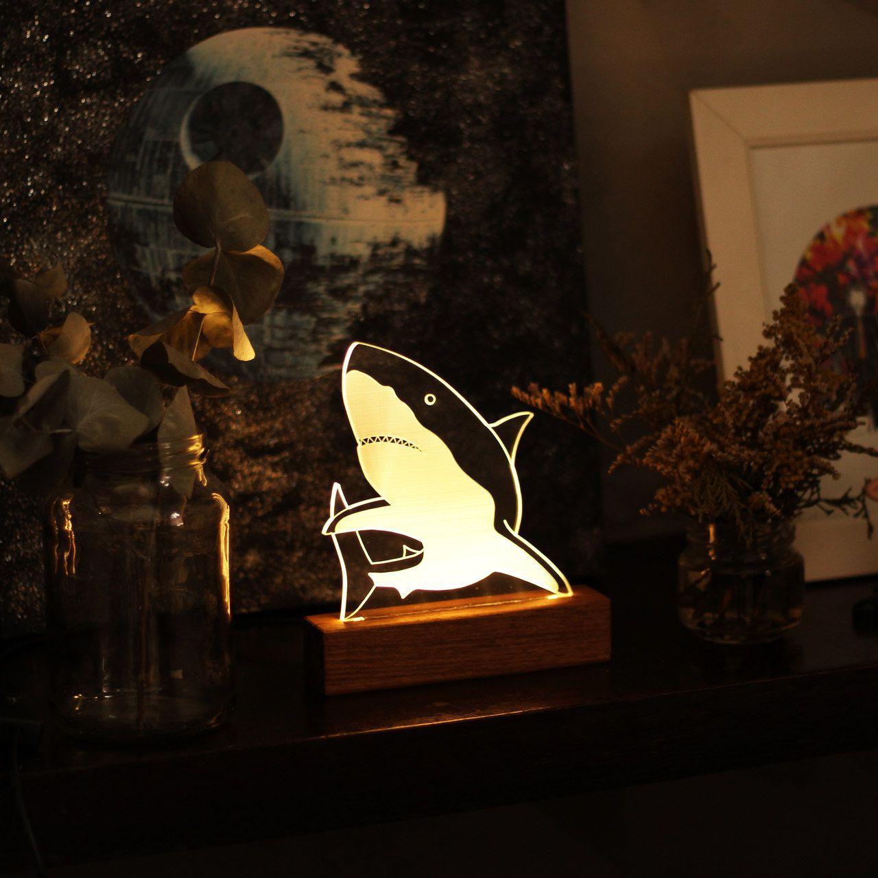Luminária Tubarão