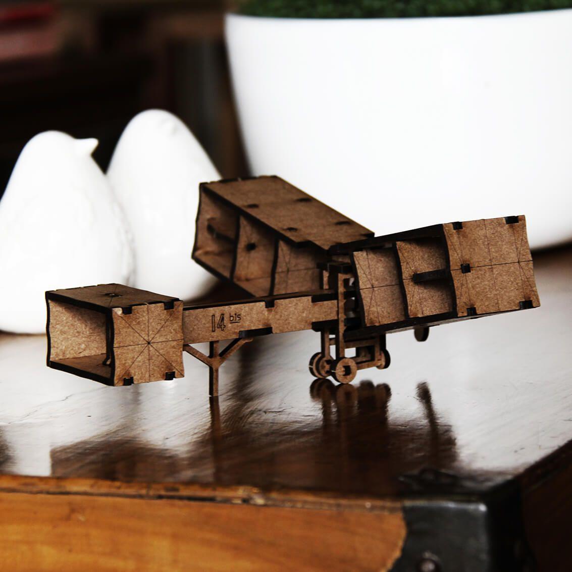 Aviões - Miniatura para montar 14 bis