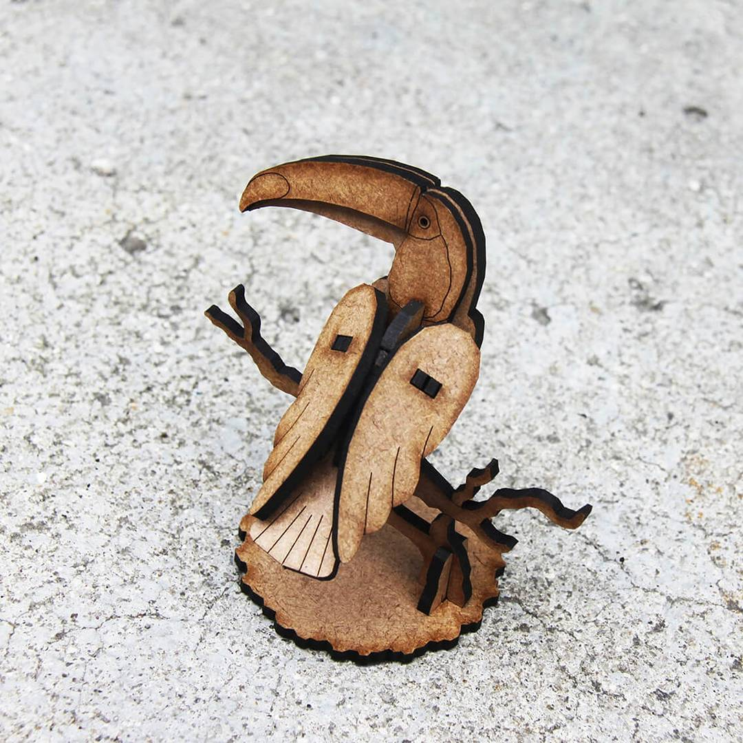 Natureza - Miniatura para montar Tucano