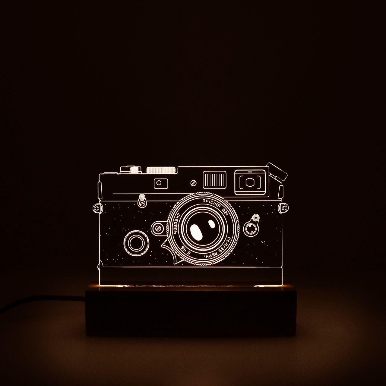 Retro - Luminária Câmera