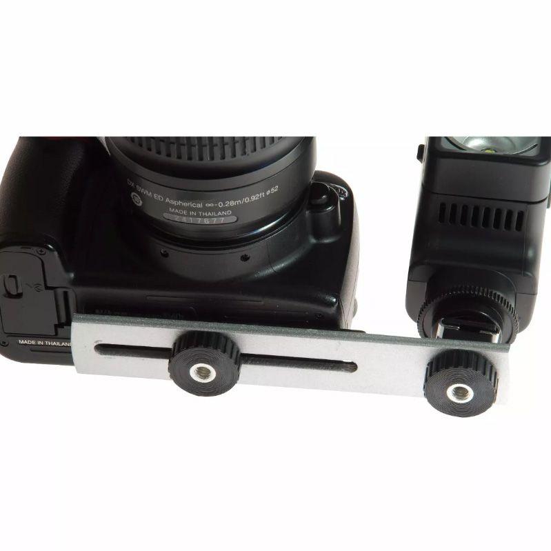 Manopla Flash Bracket com Sapata para Câmera DSLR - CCB001  - Diafilme Materiais Fotográficos
