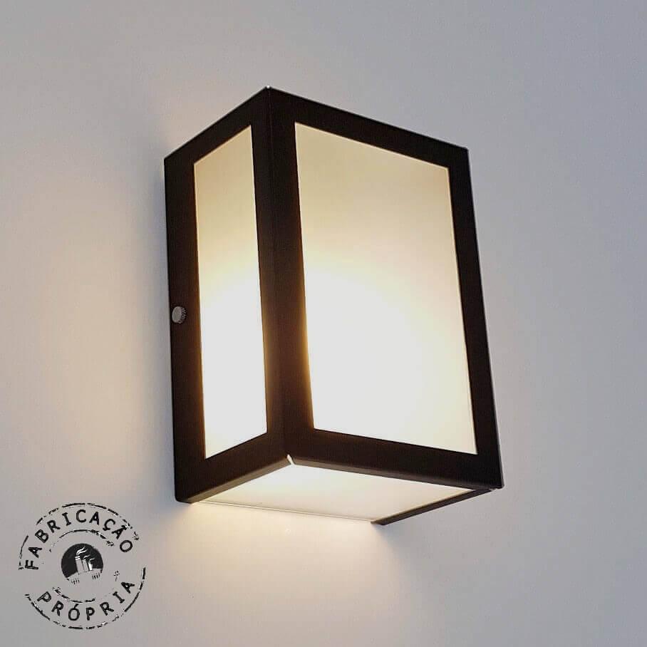 Luminária de Parede Externa Interna Cinco Vidros de Alumínio