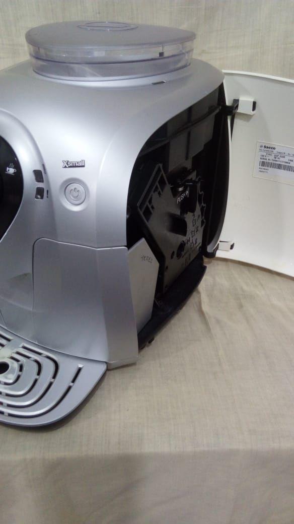 Cafeteira Expresso Automática Saeco Xsmall Usada (Semi Nova) 110V