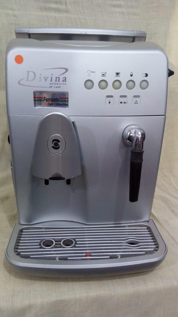 Cafeteira Expresso Saeco Divina Automática De Luxe Usada (Semi Nova)