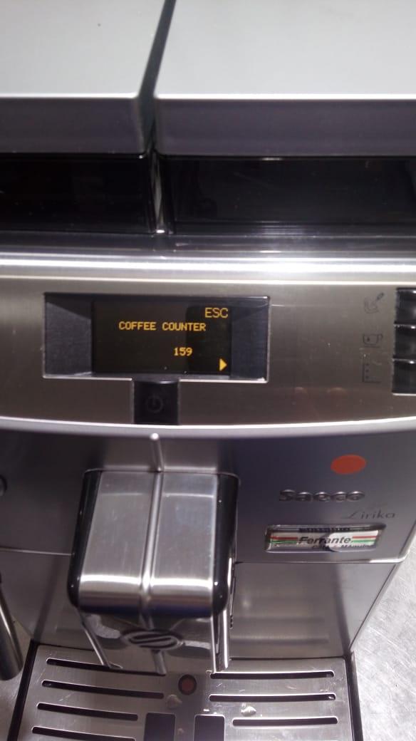 Máquina de Café Expresso Saeco Lirika  220V Usada (Semi Nova)
